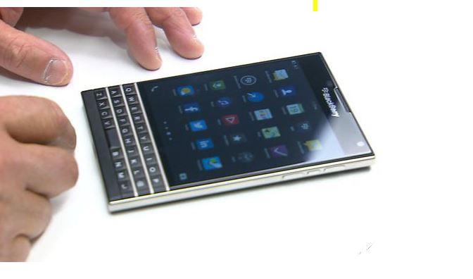 BlackBerry Passport được ấn định ra mắt vào 24/9