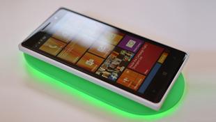 Trên tay Lumia 830