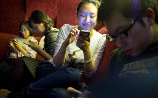 Hơn 1/3 người Việt dùng smartphone