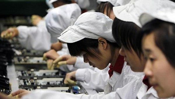 Hàng loạt công nhân tại nhà máy iPhone ở Trung Quốc chết vì ung thư