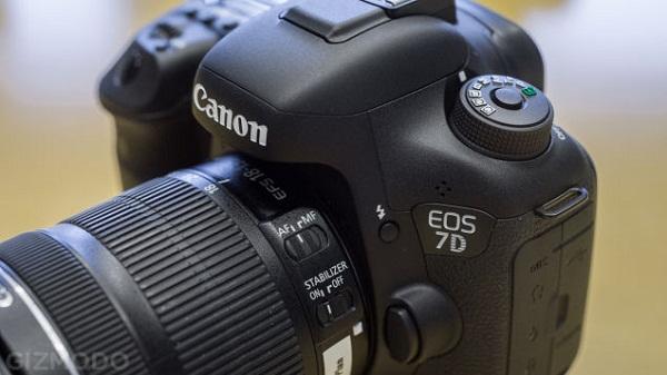 Canon 7D Mark II – chiếc máy ảnh rất được chờ đợi cuối cùng đã xuất hiện!