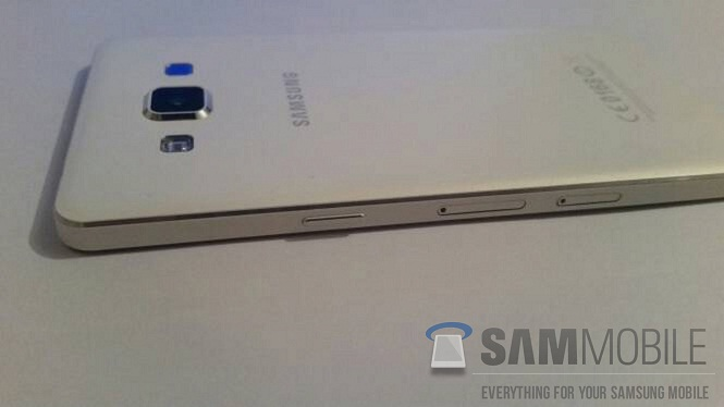 Samsung Galaxy A5 lộ thân kim loại, màn hình HD 5 inch