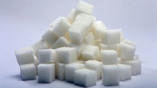 Đường gây tác hại cho sức khỏe hơn muối