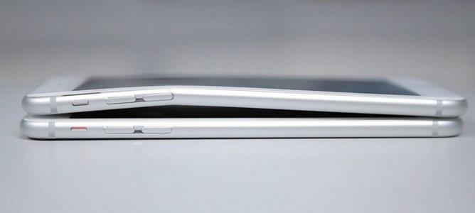 Video: Đọ khả năng bẻ cong iPhone 6 Plus, iPhone 6 với Galaxy Note 3, HTC One M8