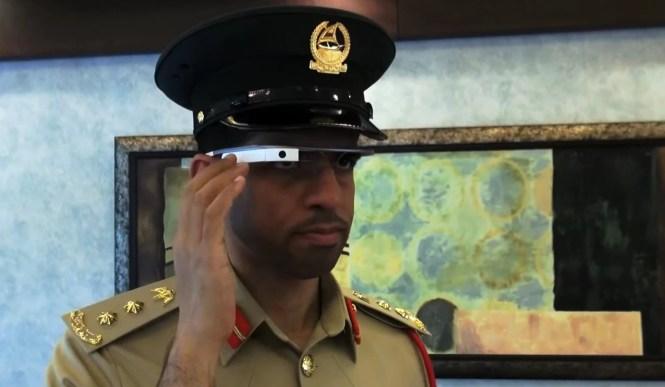 Cảnh sát Dubai được trang bị Google Glass