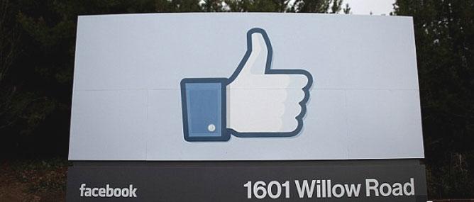 Facebook hoàn tất mua WhatsApp, đội giá lên 22 tỷ USD