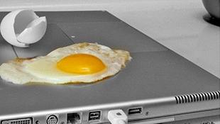 Thắc mắc về nhiệt độ của laptop khi chơi game