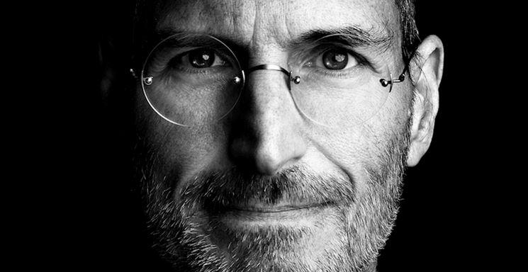 9 cuốn sách ảnh hưởng đến cuộc đời Steve Jobs