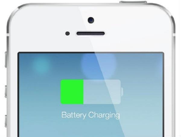 15 hành động vô tình làm hao pin iPhone