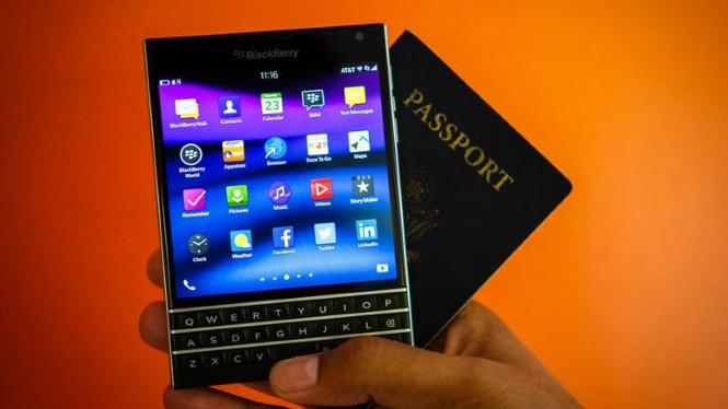 John Chen: Nhu cầu BlackBerry Passport vượt quá mong đợi
