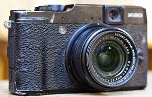 Máy ảnh sống sót 3 tháng khi bị bỏ quên trong rừng