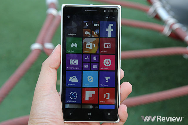 Đánh giá Nokia Lumia 830
