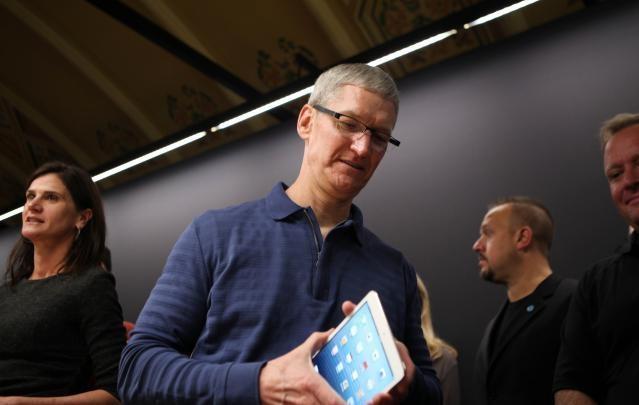 """Doanh số iPad sẽ sớm """"sụp đổ"""" trong quý I/2015"""