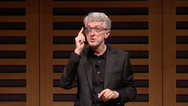 Google Glass gặp phải rất nhiều sự phản đối và mỉa mai từ cộng đồng, song đó không phải là nguyên nhân dẫn tới cái chết của thiết bị từng một thời được coi là