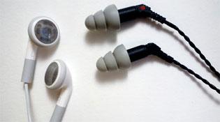Tai nghe in-ear và earbud khác nhau như thế nào?