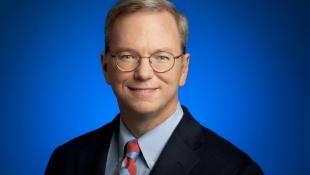 Chủ tịch Google phản pháo lời chế giễu của CEO Apple