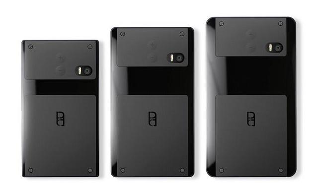 """Sau """"cái chết"""" của Nokia, một công ty có tên Circular Devices đang mang tham vọng đưa Phần Lan trở lại với thị trường smartphone toàn cầu. Dự án của công ty này là một ý tưởng có thể không phải mới mẻ với bạn: điện thoại lắp ráp, bao gồm các linh kiệnriêng biệt chia thành 3 bộ phận mà người dùng có thể tự thay thế khi muốn.  Đầu tiên là phần Brain (Não), nơi chứa các linh kiện điện tử thông minh như camera hoặc vi xử lý. Phần Spine (Cột sống) là nơi chứa loa, microphone và màn hình. Cuối cùng là Heart (Trái tim), nơi chứa pin của sản phẩm.  Trong khi ý tưởng Puzzlephone có vẻ khá đơn giản khi so sánh cùng Project Ara của Google, """"điểm yếu"""" này lại có thể chính là thế mạnh của chiếc smartphone lắp ráp từ Phần Lan khi chống lại đối thủ hùng mạnh của mình. Với mức giá chỉ bằng các thiết bị tầm trung cùng cách hoạt động (và thay thế linh kiện vô cùng đơn giản), Puzzlephone có thể sẽ chạm tay tới nhiều người dùng hơn cả Ara. Không chỉ có vậy, Puzzlephone còn có thể sẽ hỗ trợ Windows Phone, Sailfish và Firefox OS trong tương lai. Chiếc smartphone lắp ráp này được ấn định lịch ra mắt tương đối gần: nửa sau 2015.  Lê Hoàng Theo PhoneArena http://www.phonearena.com/news/Project-Ara-challenger-Puzzlephone-should-launch-in-the-second-half-of-next-year_id63384"""