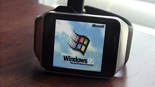 Đồng hồ thông minh chạy được Windows 95
