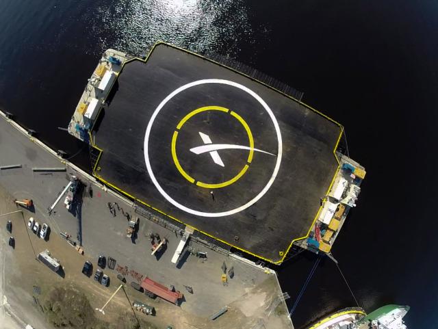 Một nhiệm vụ cung cấp nhu yếu phẩm cho trạm vũ trụ quốc tế ISS cũng sẽ thay đổi hoàn toàn tương lai của ngành thám hiểm vũ trụ.