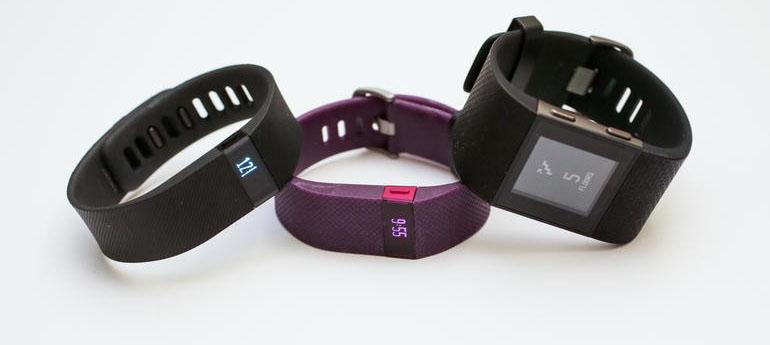 """""""Nạn nhân"""" đầu tiên của smartwatch: vòng đeo tay thể thao"""