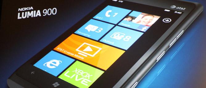 Giá Nokia Lumia 900 tại Mỹ chỉ 99 USD
