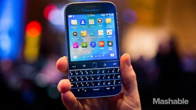 Để tồn tại BlackBerry nên ngừng sản xuất smartphone