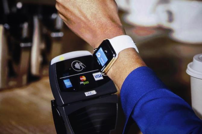 """Apple Watch không phải là một """"kiệt tác gìn giữ thời gian"""" như các thương hiệu Thụy Sĩ, nhưng cuối cùng thì người dùng cũng chỉ đeo một chiếc đồng hồ: Việc nhìn nhận chiếc smartwatch đình đám này một cách sai lầm có thể khiến các thương hiệu Thụy Sĩ gặp khó khăn theo cùng một cách Nokia bị iPhone đẩy vào chỗ chết."""