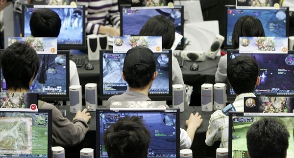 Game thủ Đài Loan nằm chết hàng tiếng đồng hồ trong quán net