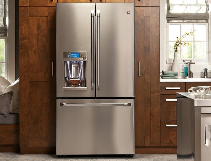 Nếu chịu bỏ ra hơn 70 triệu đồng cho một chiếc tủ lạnh, chiếc GE Cafe sẽ giúp bạn có thể tận hưởng một tách cà phê nóng ngay tại nhà chỉ trong vòng vài phút.