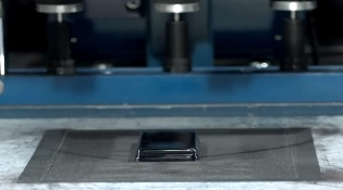 Corning đưa sapphire vào kính chống xước Project Phire