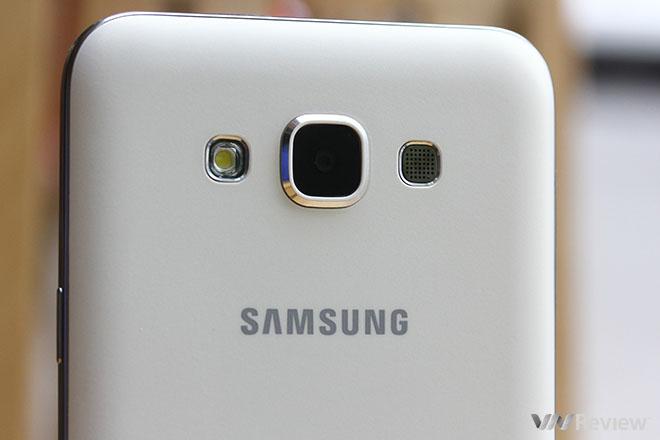 Trên tay Samsung Galaxy E7
