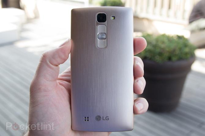 MWC 2015: LG giới thiệu dế tầm trung LG Magna