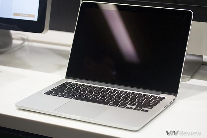 Cận cảnh MacBook Pro Retina 2015 tại Việt Nam