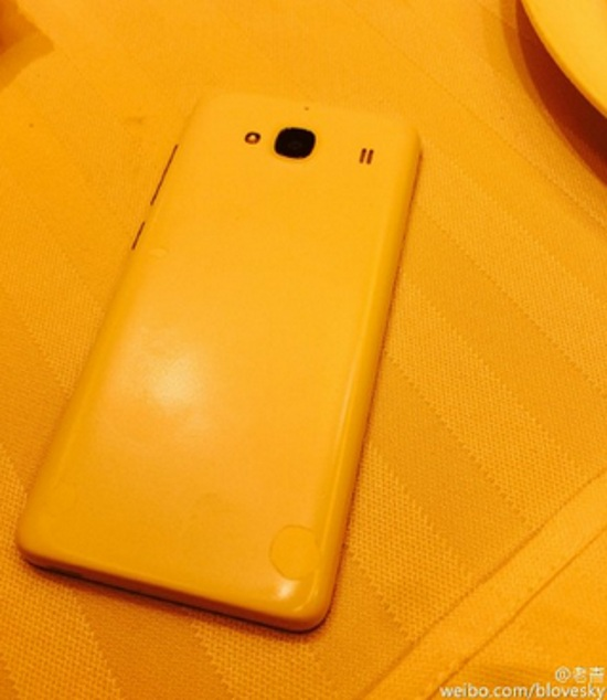 Lộ ảnh và thông số smartphone giá rẻ sắp ra mắt của Xiaomi