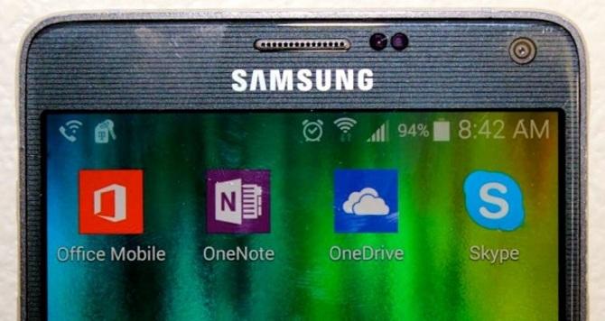 Một số thiết bị của Samsung sẽ được cài sẵn ứng dụng và dịch vụ của Microsoft