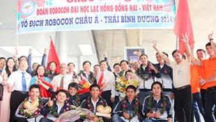 Sắp diễn ra vòng loại cuộc thi Robocon Việt Nam 2015