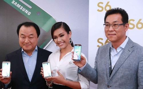 Samsung Galaxy S6, S6 Edge giá 16,6 và 19,9 triệu đồng, bán ra từ 11/4