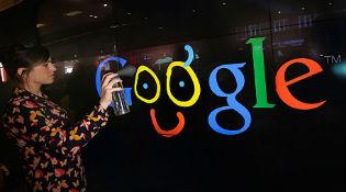 "Google ""đang tìm cách mua Twitter"""