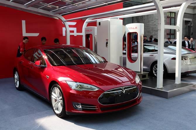 Tesla bất ngờ thất bại tại thị trường Trung Quốc