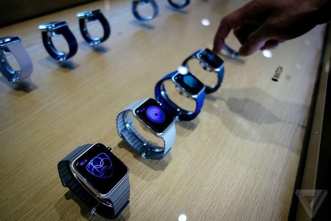 1 triệu chiếc Apple Watch được đặt hàng trong ngày đầu tiên