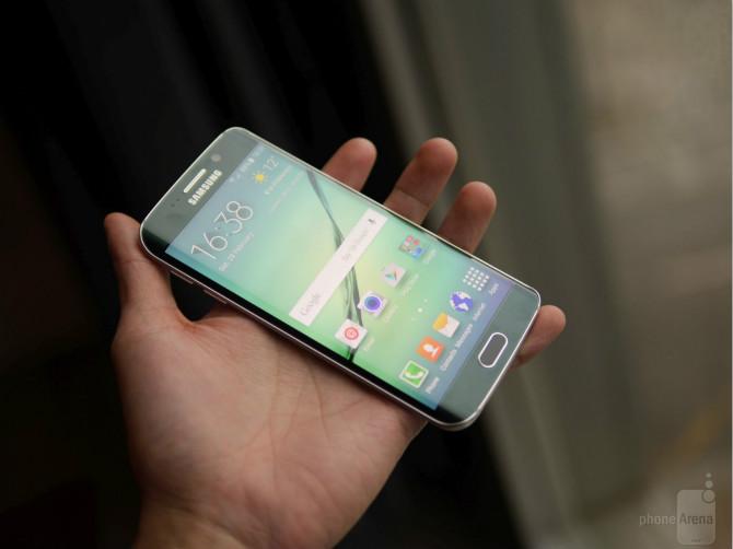 Samsung dự tính bán 70 triệu Galaxy S6, S6 Edge