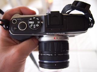 So sánh Nikon V1 với Olympus PEN E-P3 và Sony NEX-7