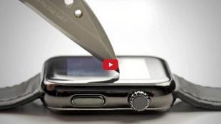 Apple Watch Sport thử độ bền với dao và chìa khóa