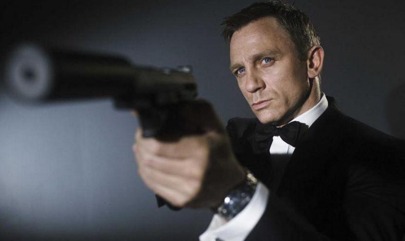 007 từ chối dùng smartphone Sony trong phim Spectre