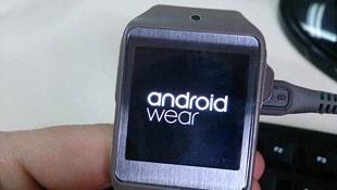 Đồng hồ Gear 2 đã có thể chạy Android Wear