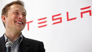CEO Google gọi Elon Musk là kẻ vô gia cư