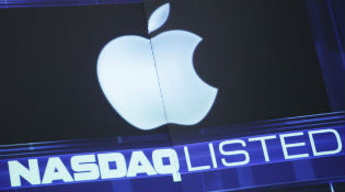Cổ phiếu Apple có giá vì ... bắt đầu bằng chữ A?
