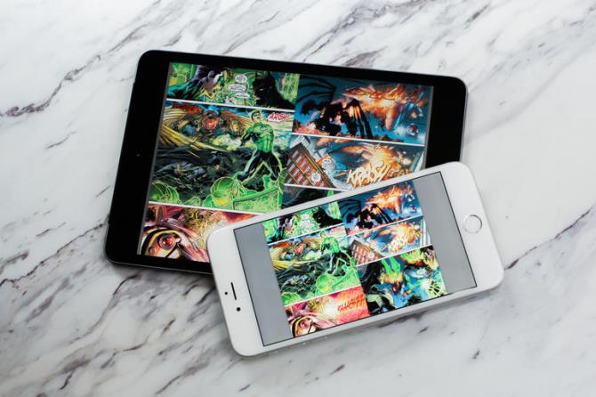 Thực tế, cũng giống như iPhone, iPad đang sở hữu một thế mạnh đặc biệt: chỉ nằm gọn trong phân khúc cao cấp. Sự vươn lên mạnh mẽ của iPhone trong những năm vừa qua đã chứng tỏ một sự thật rất quan trọng, rằng kẻ làm chủ phân khúc cao cấp cũng sẽ là kẻ chiến thắng cuối cùng. Lý do là bởi sau khi làm quen với smartphone qua những sản phẩm giá rẻ, và sau khi mức sống gia tăng, người tiêu dùng sẽ sớm từ bỏ các phân khúc tầm trung/cấp thấp để lên với phân khúc giá cao. Doanh số gia tăng hàng năm của iPhone và Galaxy S là minh chứng rõ ràng nhất cho điều này.