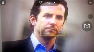 Windows 10 Mobile sẽ hỗ trợ theo dõi khuôn mặt bằng camera trước?