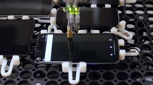 Google sử dụng robot để kiểm tra độ trễ trên smartphone